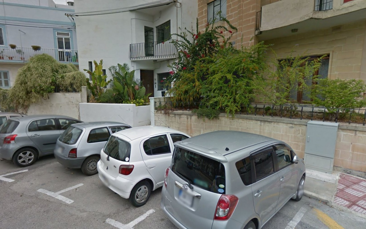 XXXLutz in Msida: Foto: Google Maps